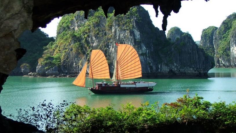 baie d'Halong Vietnam - croisière privée